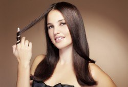 Най-новият метод за премахване на цъфтежи без отнемане на дължината на косата! Брюлаж, масажно измиване с подхранващ шампоан и оформяне на прическа със сешоар в Bella Style! - Снимка