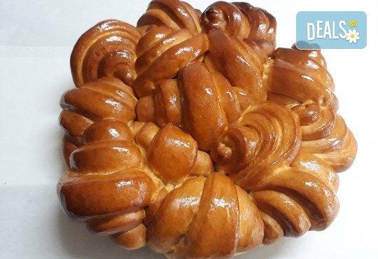 Френска погача с масло за семейни празници, 1.500 или 2.000 кг., + паричка от Пекарна Слънце! - Снимка 1