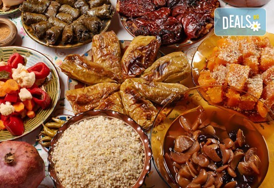 По традиционна рецепта! Семейно 7-степенно меню за Бъдни вечер от кулинарна работилница Деличи! - Снимка 1