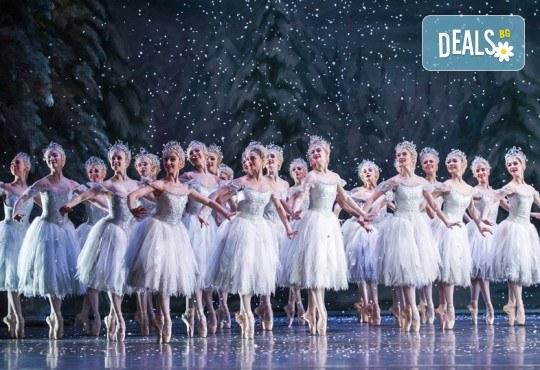 Ексклузивно в Кино Арена! Вълшебния балет Лешникотрошачката на сцената на Ковънт Гардън, на 28, 30 и 01.01. в киносалоните в страната - Снимка 2