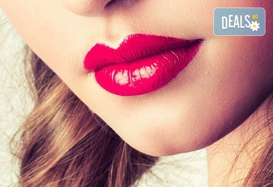 Обем и контур! Перманентен грим на устни и безплатен ретуш в дермакозметични центрове Енигма в София, Пловдив или Хасково - Снимка 2