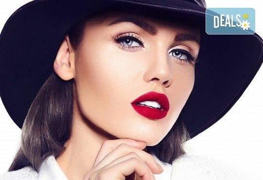 Перфектно оформени вежди чрез микроблейдинг по метода косъм по косъм и бонус: отстъпка от ретуш от Beauty center D&M! - Снимка 1
