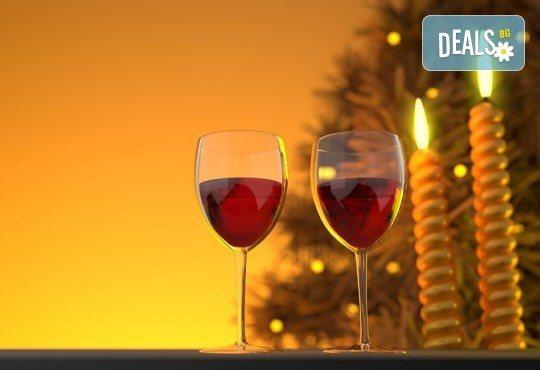 Нова година по стар стил в Ниш, Сърбия! 1 нощувка със закуска хотел 2/3*, вечеря с жива музика и неограничен алкохол в ETNO KUCA BISER - Снимка 1