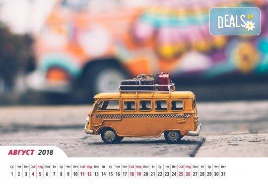 За офиса или дома! Вземете 6- или 12-листов календар с Ваши снимки и по собствен дизайн от Магазинчето на Руски паметник! - Снимка 4