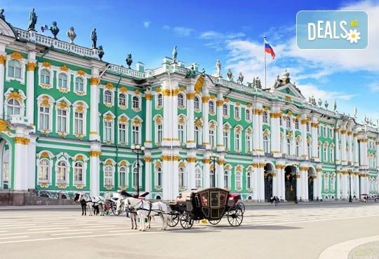 Бели нощи в Санкт Петербург: 5 нощувки, закуски, билет, летищни такси, трансфери