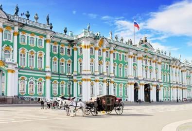 Ранни записвания за Белите нощи в Санкт Петербург, Русия! 5 нощувки със закуски, полет от Бургас с билет, летищни такси, трансфери, водач - Снимка