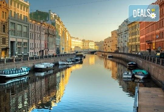 Ранни записвания за Белите нощи в Санкт Петербург, Русия! 5 нощувки със закуски, полет от Бургас с билет, летищни такси, трансфери, водач - Снимка 8