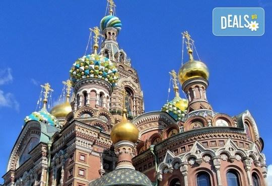Ранни записвания за Белите нощи в Санкт Петербург, Русия! 5 нощувки със закуски, полет от Бургас с билет, летищни такси, трансфери, водач - Снимка 4