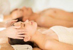Релаксирайте! Hot stone терапия, масаж на цяло тяло с вулканични камъни + точков масаж на лице и зонотерапия в Massage and therapy Freerun! - Снимка