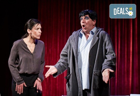"""Гледайте """"Като трохи на прозореца"""", постановка на Малин Кръстев, на 24.01. от 19 ч. в Младежки театър! Премиера за сезона! - Снимка 6"""