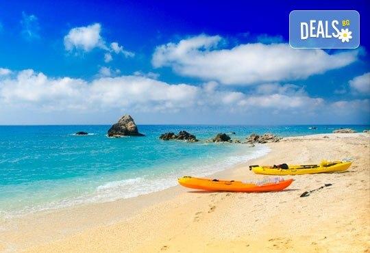 Майски празници на вълшебните Йонийски острови! 4 нощувки със закуски и вечери в Превеза или на о. Лефкада, транспорт и водач - Снимка 4