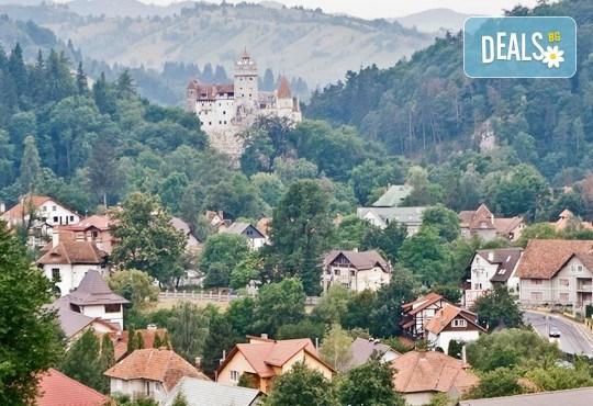 Ранни записвания за екскурзия в Румъния - Трансилвания! 3 нощувки със закуски в хотели 2*/3*, транспорт и посещение на замъка Пелеш, Бран и Сигишоара - Снимка 3
