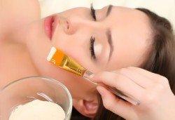 Красива и чиста кожа! Мануално почистване на лице с пилинг и маска според нуждите на кожата в козметично студио Beauty - Снимка