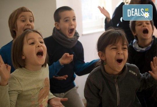 Подарете на своето дете незабравимо приключение! 1 или 4 посещения в международна академия Шекспир по английски език и актьорско майсторство с преподаватели от чужбина! - Снимка 3