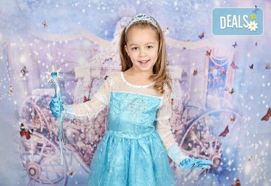 Професионална студийна фотосесия за деца с красиви декори и аксесоари за рожден ден от GALLIANO PHOTHOGRAPHY - Снимка 4