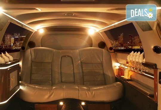 Лукс! Трансфер един час с холивудска стреч-лимузина от San Diego Limousines и Vivaldi Limousines - Снимка 9