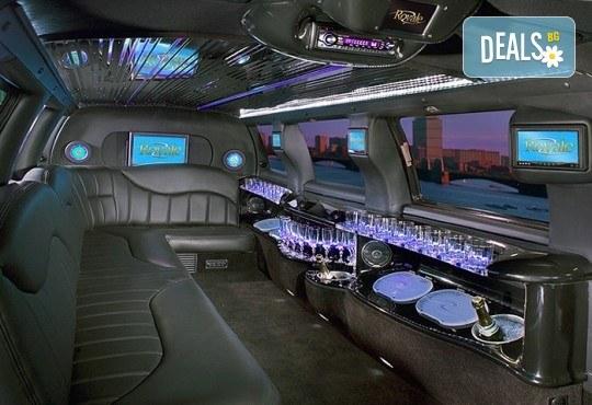 Лукс! Трансфер един час с холивудска стреч-лимузина от San Diego Limousines и Vivaldi Limousines - Снимка 10