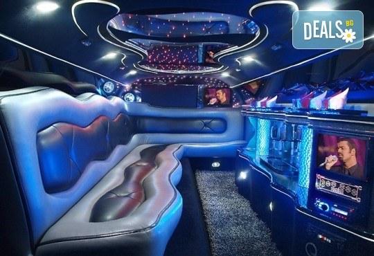 Лукс! Трансфер един час с холивудска стреч-лимузина от San Diego Limousines и Vivaldi Limousines - Снимка 12