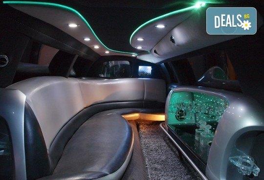 Лукс! Трансфер един час с холивудска стреч-лимузина от San Diego Limousines и Vivaldi Limousines - Снимка 13