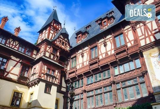 Септември в Букурещ и Трансилвания, с Дари Травел! 2 нощувки със закуски и транспорт, посещение на замъците Пелеш и Пелишор, Бран и замъка на Дракула - Снимка 2
