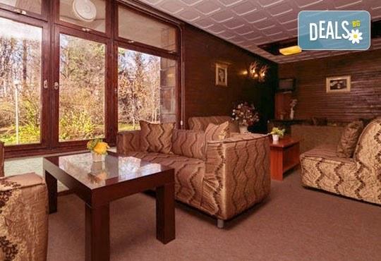 Романтична почивка! Нощувка закуска, следобедна закуска, сауна и фитнес в комплекс Фазанария - бившата резиденция, цена на човек - Снимка 5