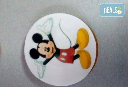Изненадайте Вашия малчуган! Детски бисквити със снимка на любим герой: Мики Маус, Миньоните, Макуин, Елза или с друга снимка по избор от Muffin House! - Снимка 4
