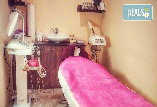 Арганова или кератинова терапия за коса, полиране и оформяне на прическа със сешоар в студио за красота Jessica - Снимка 5
