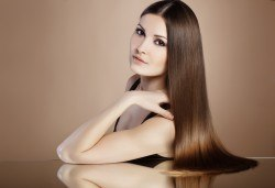 Кератинова терапя с продукти на Selective, масажно измиване и подсушаване със сешоар в салон за красота Суетна! - Снимка