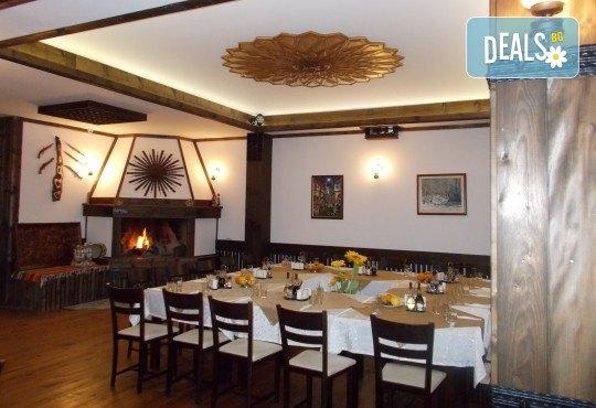 Традиционна атмосфера за Гергьовден в Златоград! 2 нощувки със закуски в хотел Панорама 3*, ползване на басейн, фитнес и СПА, транспорт и екскурзовод - Снимка 7