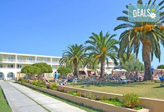 Великденски празници в Messonghi Beach 3*, о. Корфу! 3 нощувки на база All Inclusive, празничен великденски обяд и транспорт - Снимка 15
