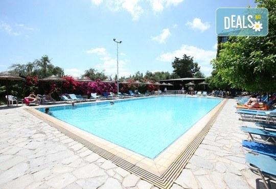 Мини почивка в Пафос, Кипър, с Ривиера Тур! Самолетен билет, 3 нощувки със закуски в хотел 3*, водач и възможност за посещение на Ларнака и Никозия - Снимка 8