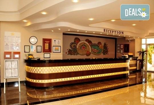 Супер цена за почивка в Анталия в период по избор! 7 нощувки на база Ultra All Inclusive в Aydinbey Gold Dreams 5*, самолетен билет, летищни такси и трансфери - Снимка 9