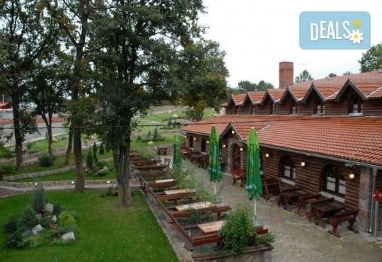 Великден в Etno Centar Balasevic 3*, Сърбия! 2 нощувки със закуски и вечери с жива музика и напитки, транспорт, ползване на басейн, посещение на Ниш, археологическия комплекс Феликс Ромулиана и Зайчар - Снимка 9