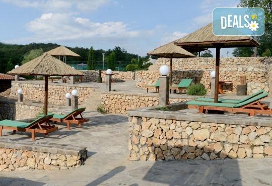 Великден в Etno Centar Balasevic 3*, Сърбия! 2 нощувки със закуски и вечери с жива музика и напитки, транспорт, ползване на басейн, посещение на Ниш, археологическия комплекс Феликс Ромулиана и Зайчар - Снимка 10