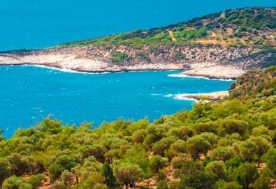 Мини почивка на изумрудения остров Тасос, Гърция, на дата по избор с България Травел! 3 нощувки със закуски и вечери в хотел 3*, транспорт, ферибот - Снимка