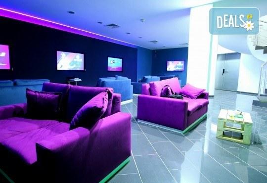 За Вашето фирмено парти или рожден ден! Наем на цял етаж от клуб ConXole за 4 часа за 12 човека, игри и неограничен брой алкохолни и безалкохолни напитки! - Снимка 3