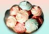 Целувки! Вкусни и красиви, 10 бр. в луксозна кутия, с включена доставка, от майстор сладкарите на сладкарница Сладост ! - thumb 1