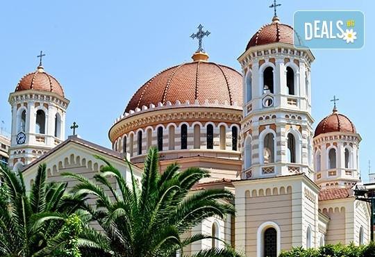 Романтичен уикенд за Свети Валентин в Паралия Катерини, Гърция! 1 нощувка със закуска и вечеря, транспорт и посещение на Солун - Снимка 5