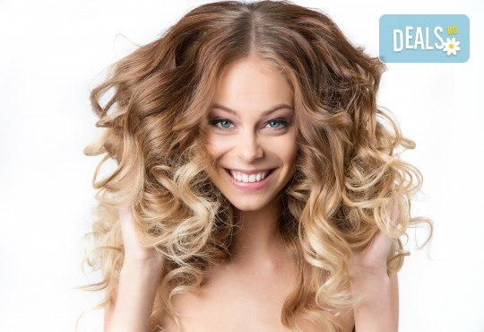 Кичури в стил омбре, терапия за защита на косата при обезцветяване и тониране в салон за красота Суетна! - Снимка 1