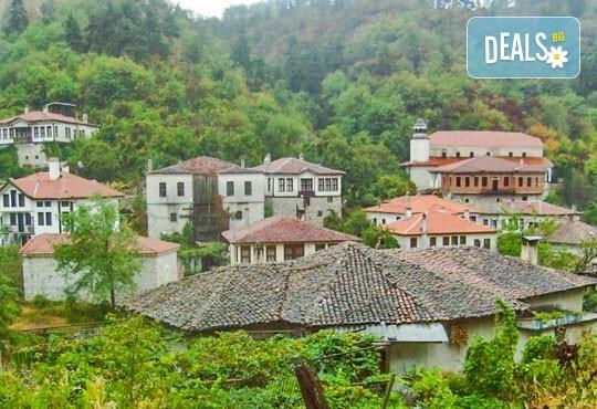За 1 ден в Мелник за фестивала на виното Златен грозд - транспорт и екскурзовод от Глобул Турс! - Снимка 5