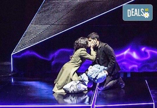 В деня на любовта! Гледайте Калин Врачански в брилянтната постановка Франкенщайн на 14.02. от 19 ч. в Театър София, 1 билет - Снимка 11