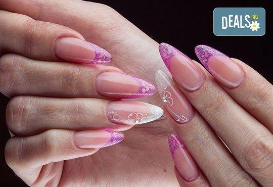 Ноктопластика с удължители или с изграждане с гел, гел лак Gel.it, BlueSky или SNB и декорации или камъчета Swarovski в Салон за красота Blush Beauty! - Снимка 3