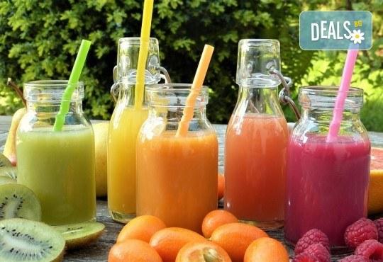 Фреш! 2 литра прясно приготвен здравословен фреш: портокал, ябълка, морков, микс или лимонада от My Fresh! - Снимка 1