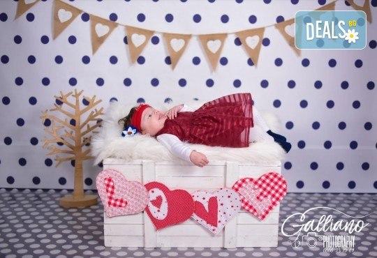 Подарете с любов! Фотосесия на тема Свети Валентин за влюбени, бебенца, деца и семейства от GALLIANO PHOTHOGRAPHY - Снимка 2