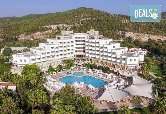 Майски празници в Кушадасъ, Турция! 5 нощувки на база All Inclusive в хотел Richmond Ephesus Resort 5*, възможност за транспорт! - Снимка 2