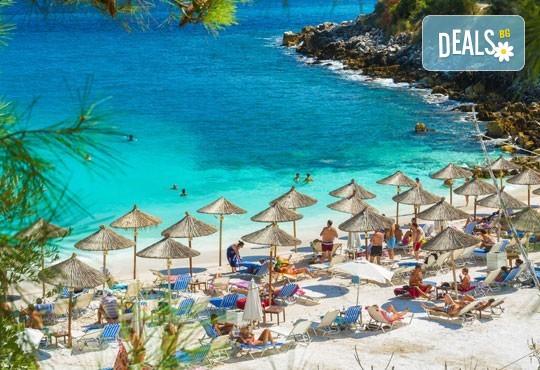 На разходка и плаж в Гърция - о. Тасос, Лименас и Кавала! Еднодневна екскурзия, транспорт и екскурзовод от Еко Тур! - Снимка 1