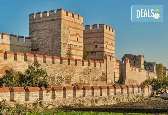 За 3-ти март в Истанбул с Дениз Травел! 3 нощувки със закуски в хотел 2/3*, транспорт, водач и бонус програми - Снимка 5