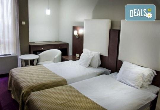 Великден в Скопие, Македония! 2 нощувки със закуски в Hotel Continental 3*, транспорт, екскурзовод и възможност за посещение на Охрид и каньона Матка - Снимка 8