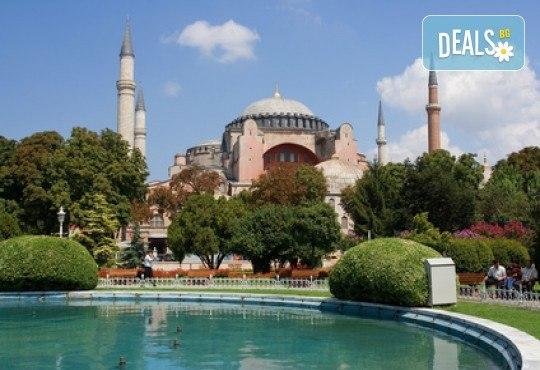 За 3-ти март в Истанбул с Дениз Травел! 2 нощувки със закуски в хотел 2/3*, транспорт, водач и бонус програми - Снимка 3