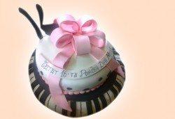 Музика! Торта за музиканти, DJ и артисти от Сладкарница Джорджо Джани! - Снимка